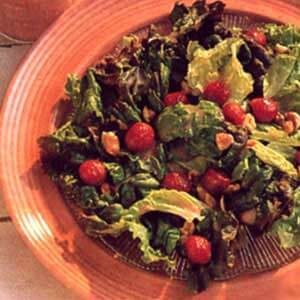 Lettuce with Raspberry Dressing
