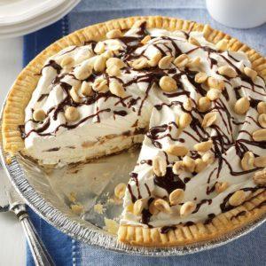 Frozen Peanut Parfait Pies