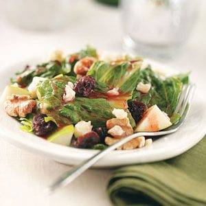 Crunchy Walnut Salad