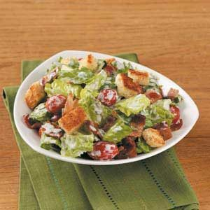 BLT Salad with Croutons