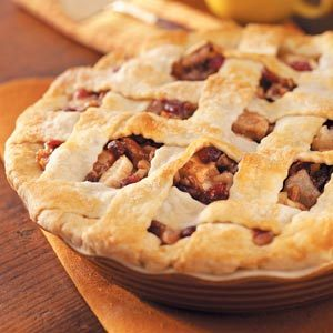 Cranberry-Pecan Pear Pie