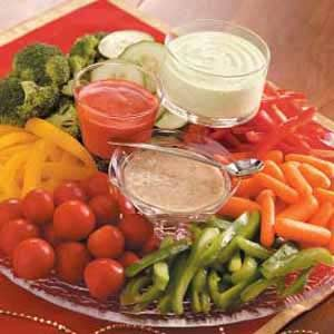 Three-Pepper Veggie Tray
