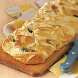 Makeover Chicken 'n' Broccoli Braid