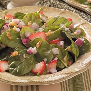 Strawberry-Bacon Spinach Salad