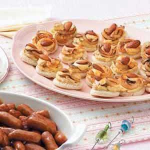 Onion Almond Rounds