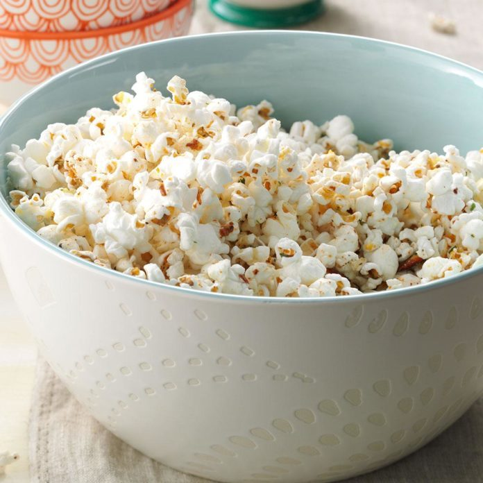 <i>Independence Day</i>: Ranch Popcorn