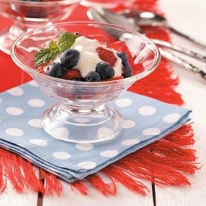 Berry Yogurt Cups