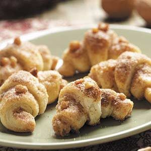 Vanilla Walnut Crescents