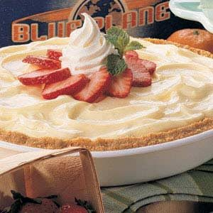 Cheesecake Strawberry Pie