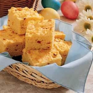 Pimiento Sour Cream Cornbread
