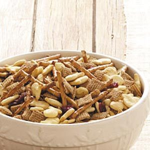 Fun-on-the-Run Snack Mix