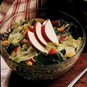 Quick Apple Lettuce Salad