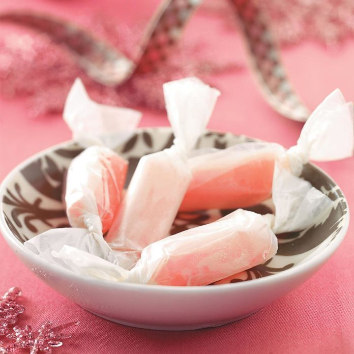 Old-Fashioned Peppermint Taffy Recipe | Taste of Home
