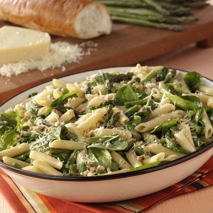 Asparagus-Spinach Pasta Salad