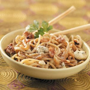 Gorgonzola Pasta with Walnuts
