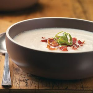 Creamy Cauliflower and Bacon Soup