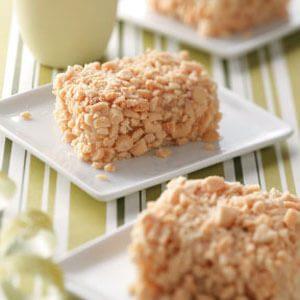 Crunchy Peanut Cake Bars