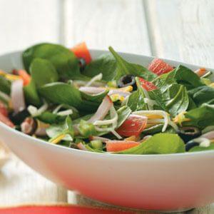 Pizza Salad with Tomato Vinaigrette