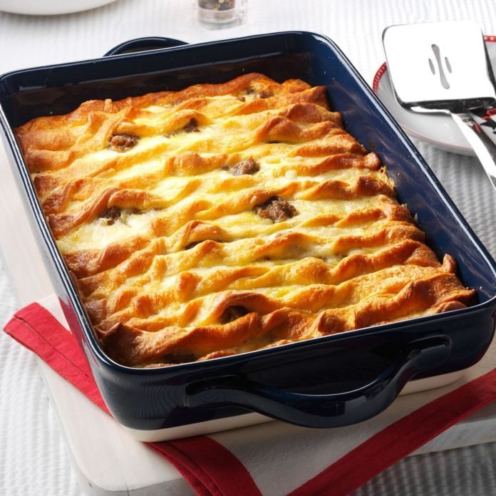 Double-Crusted Sausage Egg Casserole