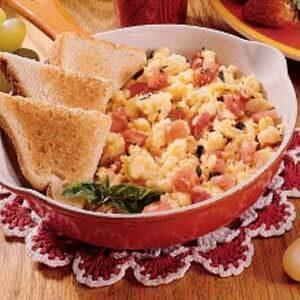 Egg and Tomato Scramble
