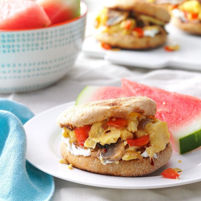 English Muffin Egg Sandwiches