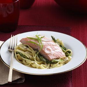 Champagne Salmon & Fettuccine