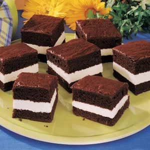 Chocolate Creme Cakes