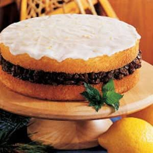 Raisin-Filled Torte