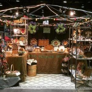 Mudd Puddles Pottery Christmas display