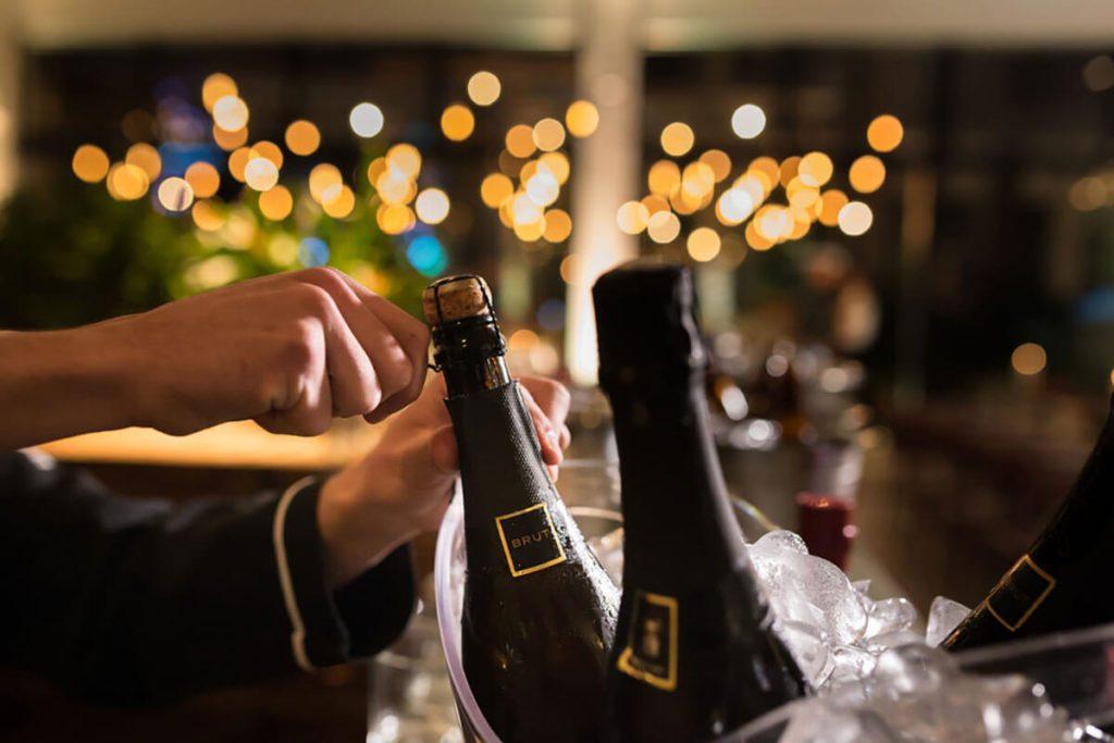 champagne öppning