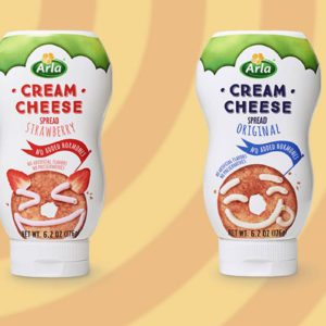There's Squeezable Cream Cheese on the Market, And We Didn't Know We Could Be This Excited