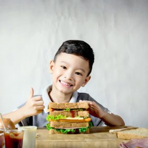 Why Kids Should Pack Their Own Lunches (If They Aren't Already)