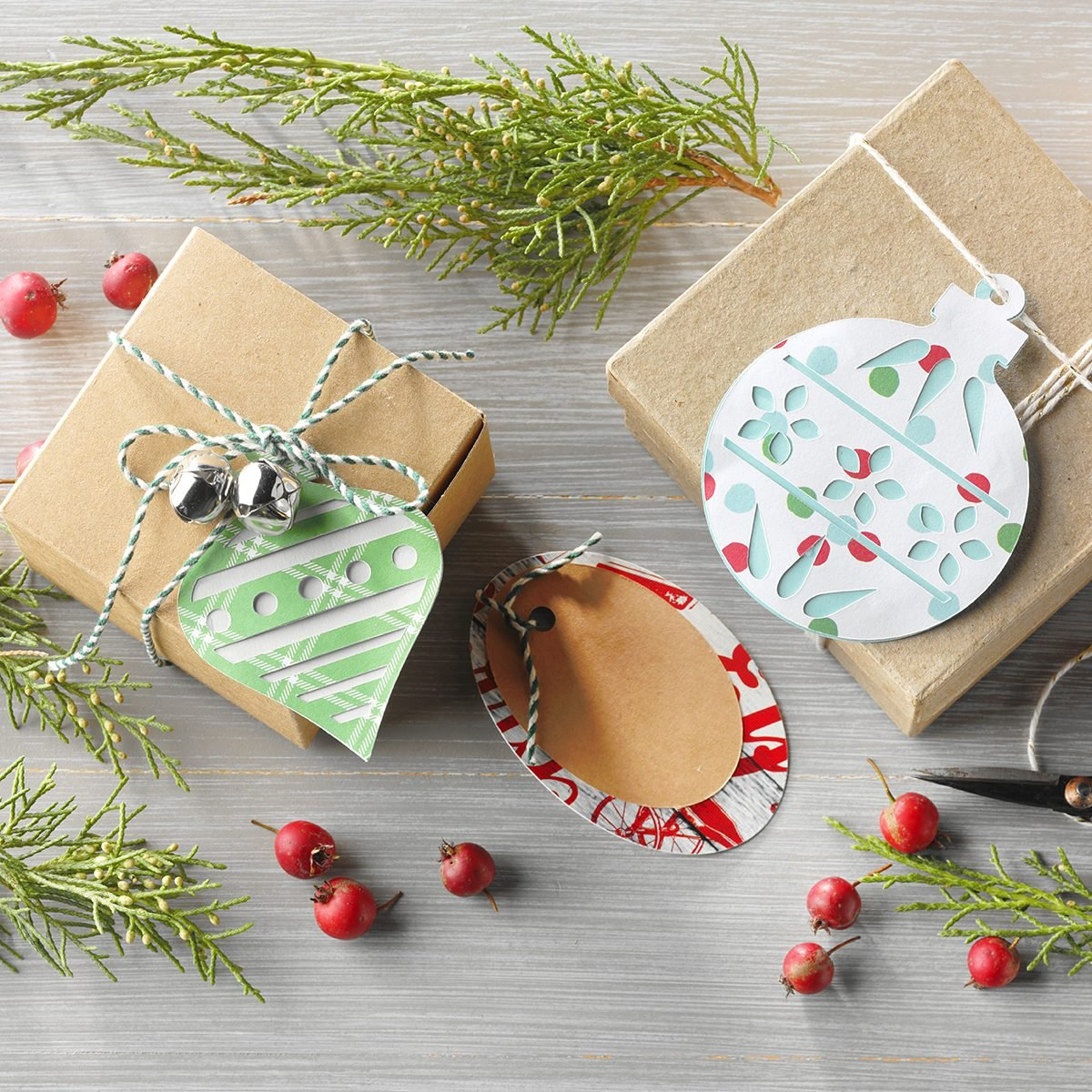 10 Christmas Card Crafts To Make With Last Year S Cards