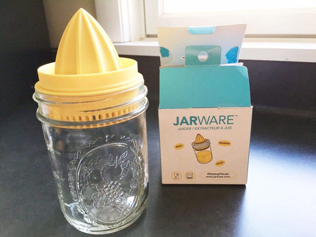 Mason jar juicer on a mason jar