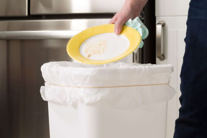 rubberbands,rubberband,kitchen,garbage