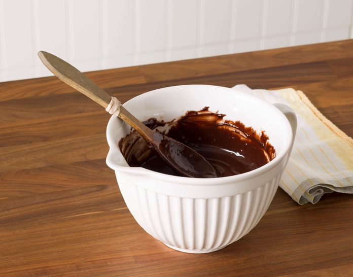 rubberbands, kitchen, wooden spoon, bowl