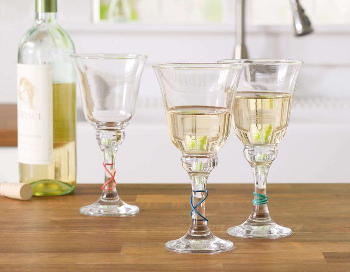 wine, rubberbands, kitchen