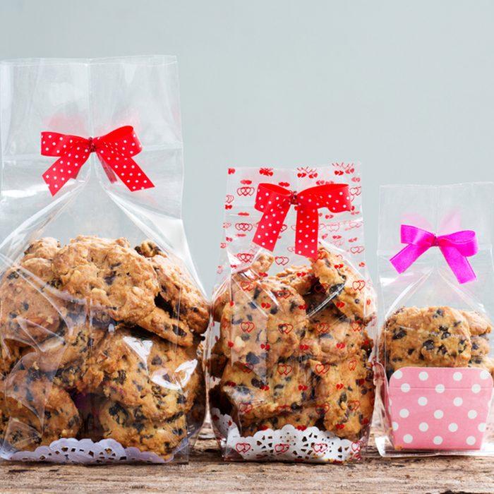 chocolate chip cookies in plastic bag packaging.; Shutterstock ID 1144868072; Job (TFH, TOH, RD, BNB, CWM, CM): TOH