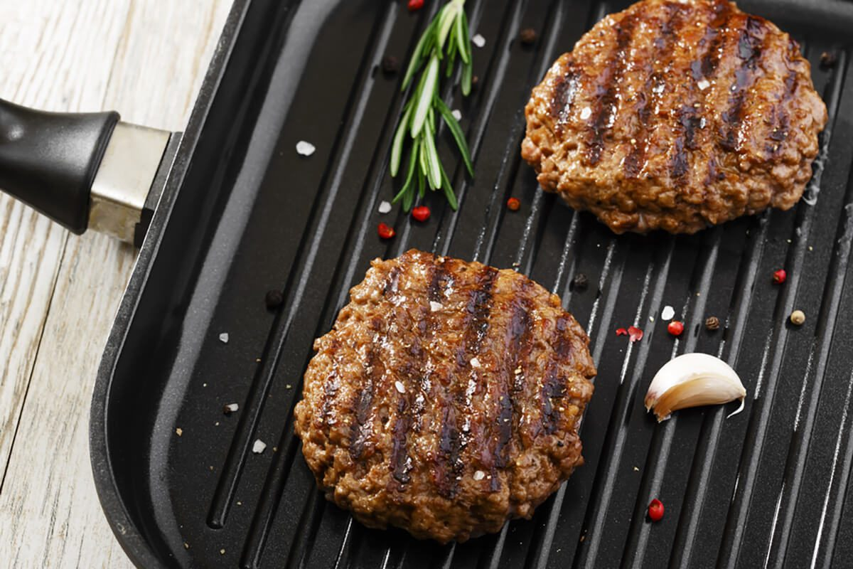 7 Tips For Cooking A Burger Without A Grill
