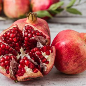 How to Deseed a Pomegranate in Seconds
