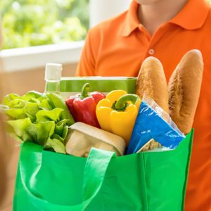 7 Things That Frustrate Every Grocery Bagger