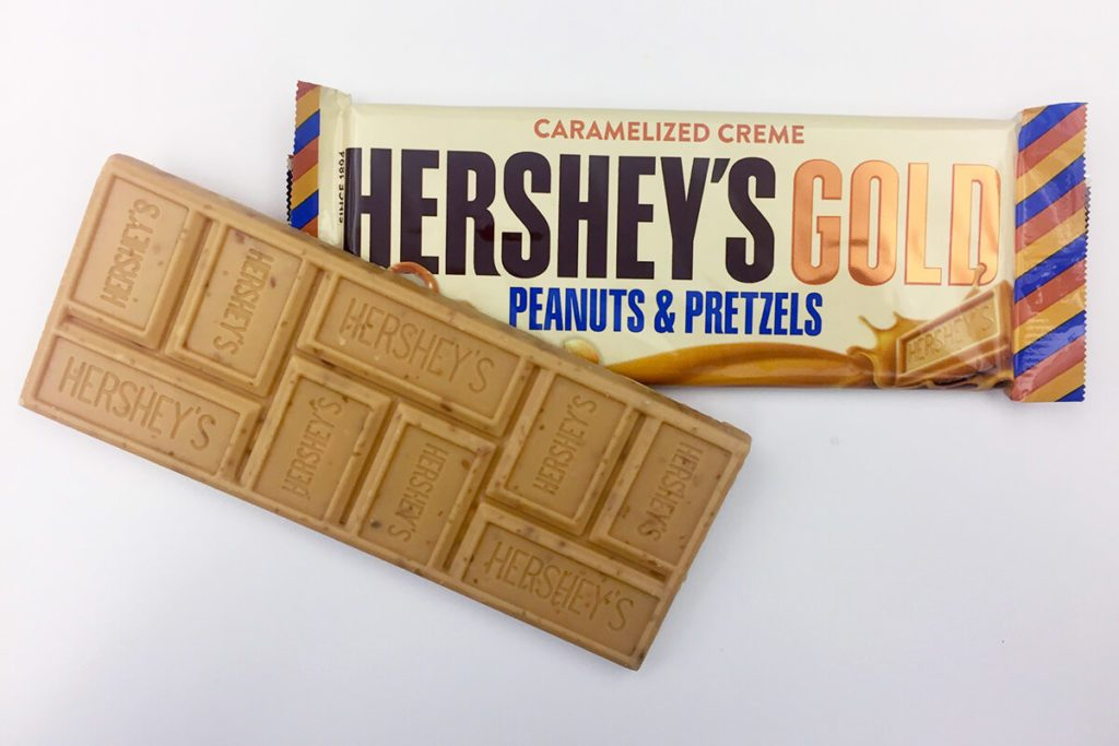 Photo of wrapper and candy of Hershey's Gold Candy Bar