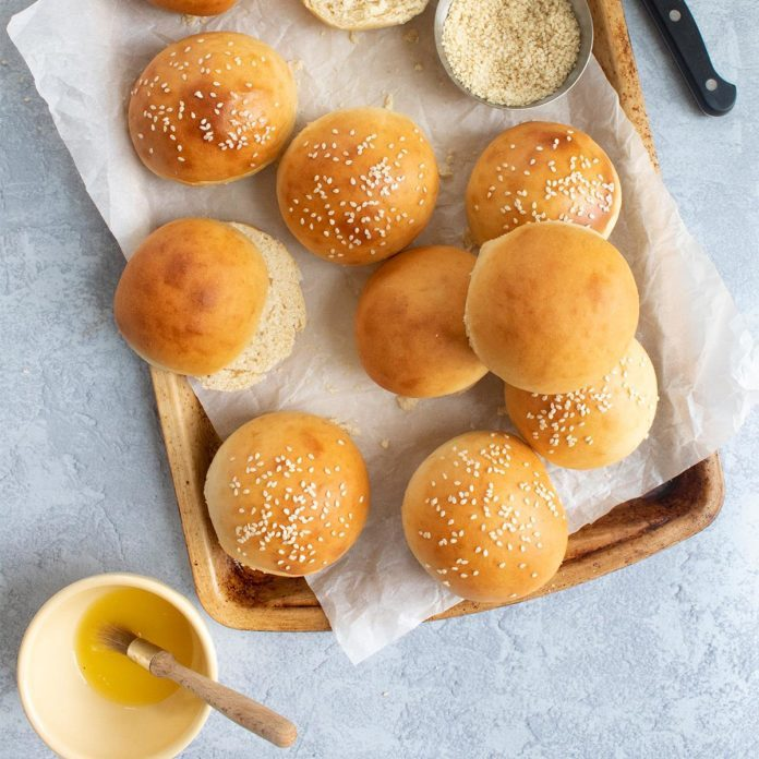 40-Minute Hamburger Buns