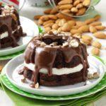Almond Fudge Cakes
