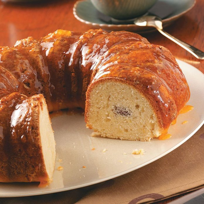 Almond Good Luck Cake