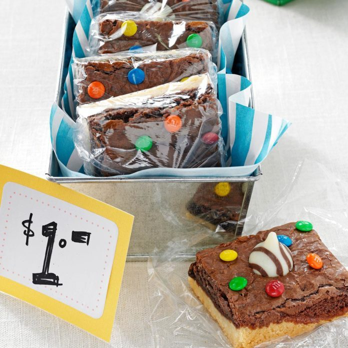 Hawaii: Angela's XOXO Shortbread Brownies