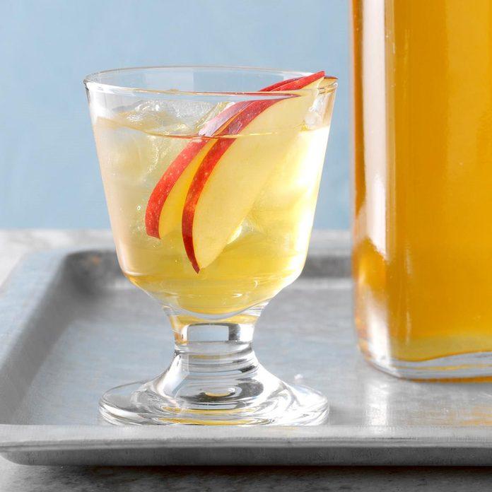 Apple Brandy Recipe How To Make It Taste Of Home