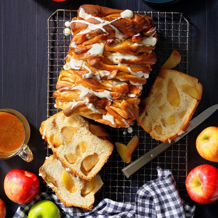 Apple Dumpling Pull Apart Bread Exps Fbmz21 199222 B05 11 2b 2