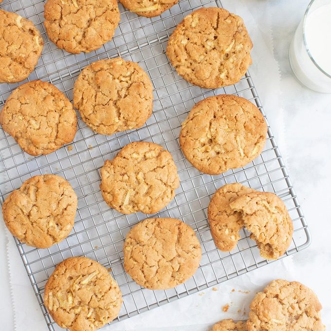 Apple Peanut Butter Cookies Exps Ft20 32876 F 0416 1 Home