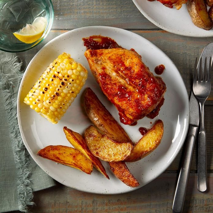 Applesauce Barbecue Chicken Exps Ft20 41953 F 0128 1 6